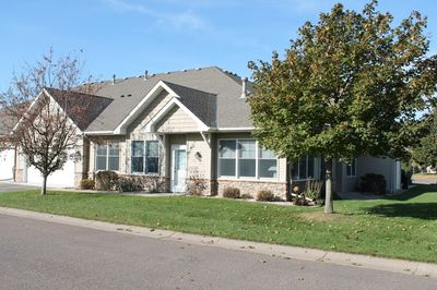 367 Hayes Dr, Hastings, MN