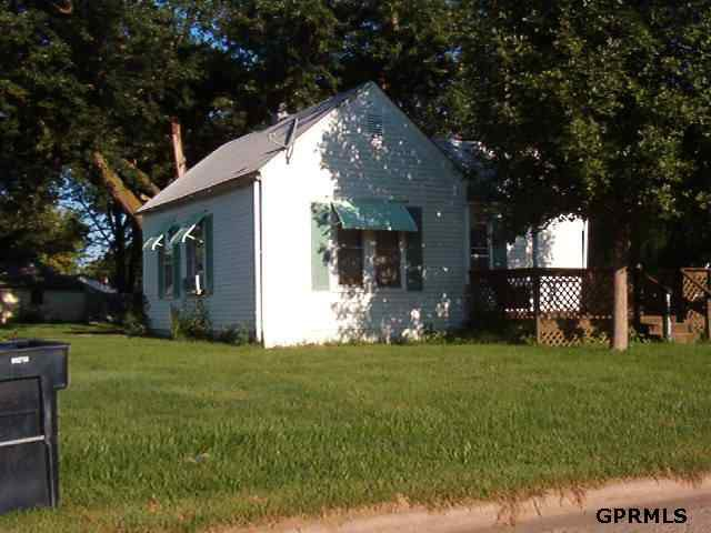 415 S 5th St, Lyons, NE 68038