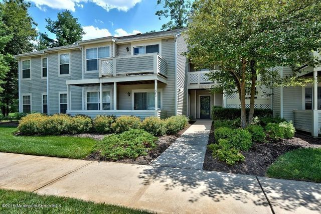 565 applewood ct howell nj 07731 home for sale and real estate listing