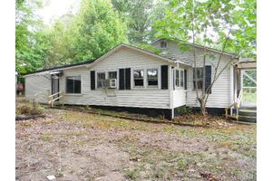 162 Carriage Rd, Statesville, NC 28677