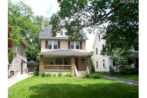 2185 Cottage Grove Dr, Cleveland Heights, OH 44118