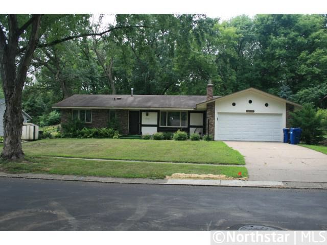 13429 Everest Ave, Apple Valley, MN 55124