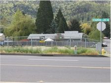 2935 Ne Diamond Lake Blvd, Roseburg, OR 97470