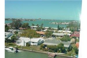 4525 Cove Cir Apt 102, St Petersburg, FL 33708