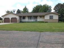 808 E Clay St, Elk Point, SD 57025