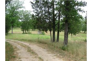 441 County Road 305, Rockdale, TX 76567