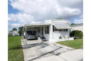 4067 Cardinal Rd, Boynton Beach, FL 33436