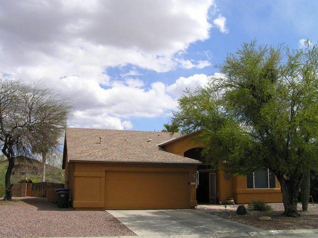 4701 S Barrington Pl, Tucson, AZ 85730