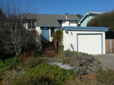 157 Holiday Dr, Watsonville, CA 95076