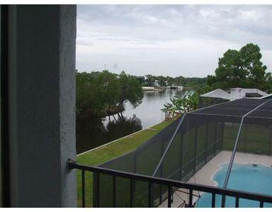 5258 Miller Bayou Dr, Port Richey, FL