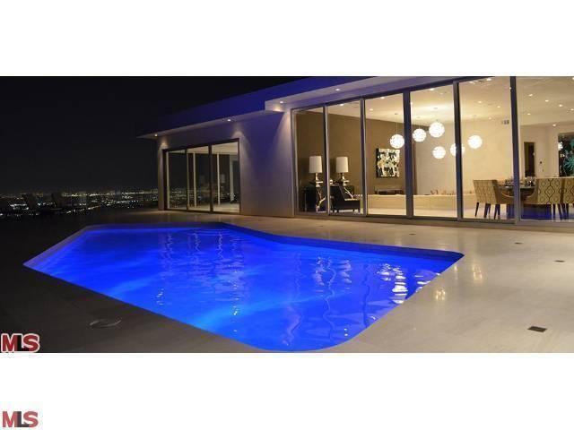 1500 Blue Jay Way Los Angeles Ca 90069