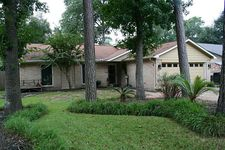 3302 Sycamore Springs Dr, Houston, TX 77339