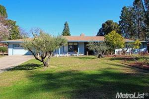5711 Hoffman Ln, Fair Oaks, CA 95628