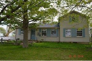 7353 Beecher Rd, Flint, MI 48532