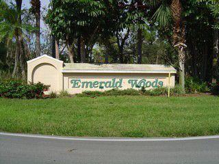 71 Emerald Woods Dr Apt F10, Naples, FL 34108