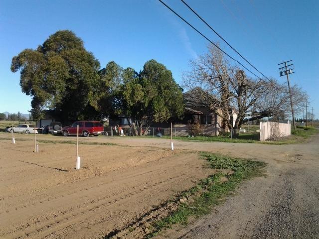 3161 garden hwy yuba city ca 95991 public property for Landscaping rocks yuba city ca