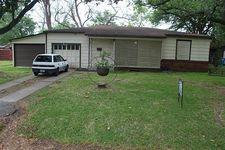 2810 N Houston Dr, La Marque, TX 77568