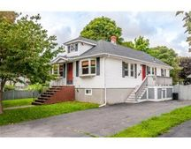 4 Unicorn Ave, Stoneham, MA 02180
