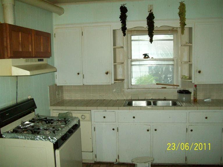 2048 Huizen Ave Sw, Wyoming, MI 49509