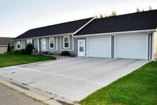 1479 Lessard Ave, Grafton, ND 58237