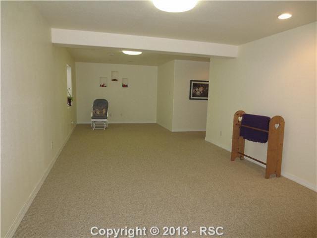 1650 Pinon Glen Cir Colorado Springs Co 80919 Realtor Com 174