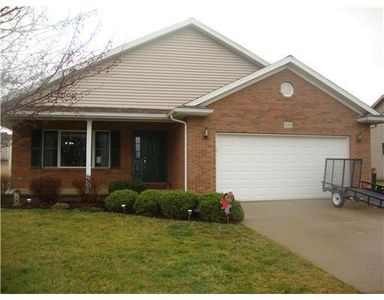 593 Foxcross Dr, Sidney, OH
