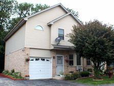 8534 Thomas Charles Ln, Hickory Hills, IL 60457