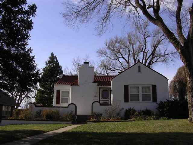 1815 La Mesa Dr, Dodge City, KS 67801 - realtor.com®