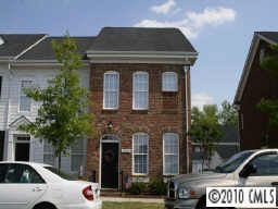 13224 Eastfield Village Ln, Charlotte, NC 28269 Main Gallery Photo#1