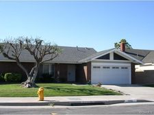 17791 Crestmoor Ln, Huntington Beach, CA 92649