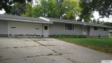 209 Nw Fremont Ave, Renville, MN 56284
