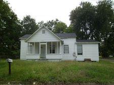 216 W 16th St, Laurel, MS 39440