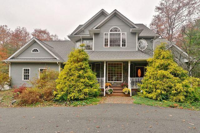 24 christine ct west milford nj 07480 home for sale and real estate listing. Black Bedroom Furniture Sets. Home Design Ideas