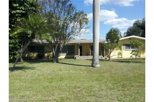 316 Oklahoma Ave, Fort Myers, FL 33905