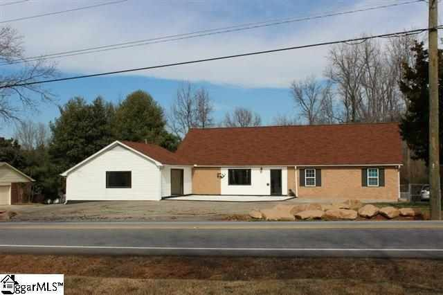 211 Roper Mountain Road Ext, Greenville, SC 29615