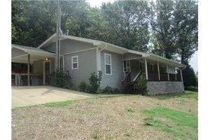 265 Harris Hollow Rd, Pleasant Shade, TN 37145