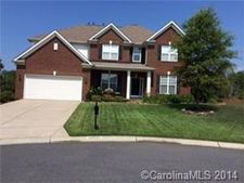 2021 Apogee Dr, Indian Trail, NC 28079