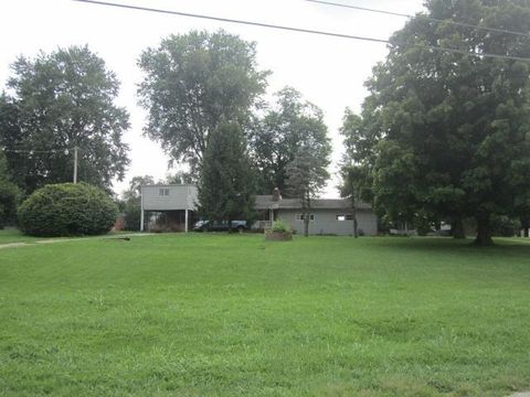 8050 County Road 1, South Point, OH 45680