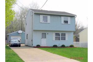 2115 Woodlawn Ave, Erie City, PA 16510