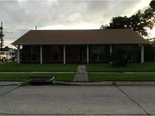 1052 Maplewood Dr, Harvey, LA 70058