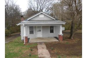 212 Marshall St, Clinton, TN 37716