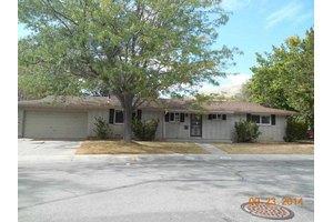 1107 Calaveras Dr, Carson City, NV 89703