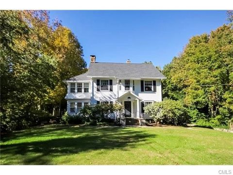 207 Redding Rd, Redding, CT 06896