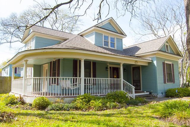 402 s lee st alvin tx 77511 home for sale and real