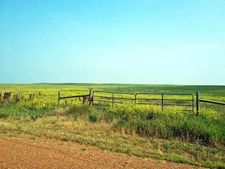 Sourdough Rd, Belle Fourche, SD 57717