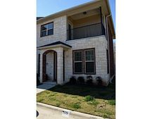 128 Forest Dr, College Station, TX 77840