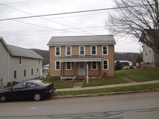 1002 E Main St, Rural Valley, PA 16249
