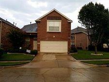 8016 Dogwood Ln, Irving, TX 75063
