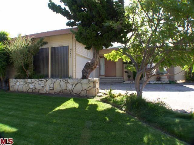 Malibu California Clifftop Property For Sale