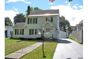 150 Prospect Ave, Gloversville, NY 12078